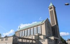 Basilique Notre-Dame de la Trinité - English: Basilique de Blois