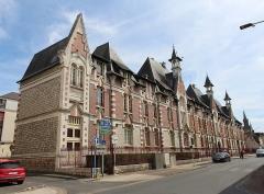 Ancien couvent des Ursulines, ancien hôpital - Français:   Hôpital-hospice à Montargis.