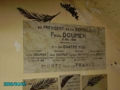 Monument aux morts des Armées de Champagne et ossuaire de Navarin (également sur commune de Sainte-Marie-à-Py) - English: Ferme de Navarin War Memorial in Champagne