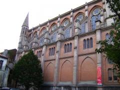 Eglise du Gésu - English: Church of Gesu, Toulouse (France), North side