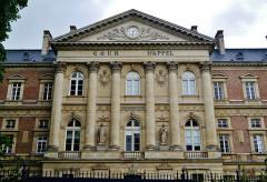 Palais de Justice - Deutsch:   Justizpalast der Kathedrale Unserer Lieben Frau, Amiens, Département Somme, Region Oberfrankreich (ehemals Picardie), Frankreich