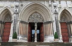 Eglise Saint-Bruno - Français:   Façade occidentale de l\'église Saint-Bruno de Voiron, XIXe siècle