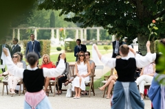 Villa Arnaga, actuellement musée Rostand -  First Lady Melania Trump watches a Basque cultural performance with the spouses of G7 leaders Sunday, Aug. 25, 2019, at Villa Arnaga in Cambo-les-Bains, France.  (Official White House Photo by Andrea Hanks)
