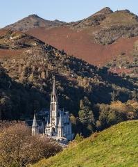 Domaine du sanctuaire de Lourdes - Français:   Le sanctuaire de Lourdes, Hautes-Pyrénées, Occitanie, France.