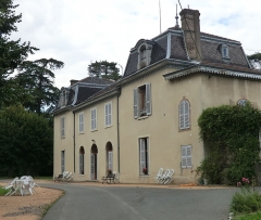 Manoir de La Forest - French Wikimedian, software engineer, science writer, sportswriter, correspondent and radio personality