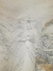 La Creute du Caïd - Français:   Crucifix, creute du Caid à Aizy-Jouy