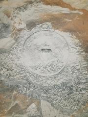 La Creute du Caïd - Français:   Sculpture Que vôtre régne arrive, creute du Caid à Aizy-Jouy