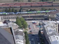 Rotonde et halle-atelier ferroviaires - English: Laon station from old town