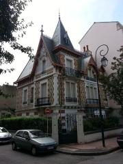 Maison Le Castel -  Maison Le Castel, 8 rue Prunelle à Vichy dans l'Allier.
