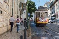 Ancienne grange d'Outre-Aube - English: Lisbon