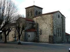 Église Saint-Jean Baptiste - Français:   église de Chassenon, Charente, France