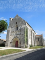 Eglise Saint-Simon - English:   Saint-Simon-de-Bordes, the church seen from southwest