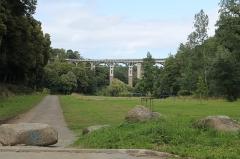 Viaduc de Toupin - Français:   Vallée du Gouëdic et viaduc de Toupin