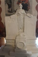 Monument aux morts - Français:   Projet A en plâtre non retenu (musée municipal)