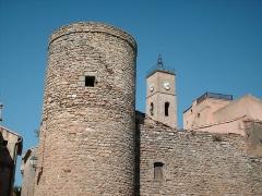 Fort - Français:   le fort de st laurent la vernède et le clocher