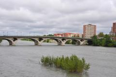 Pont des Catalans -  Pont des Catalans, Garonne; Toulouse, Midi-Pyrénées, France