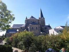 Eglise Saint-Michel -  l'eglise de liffré