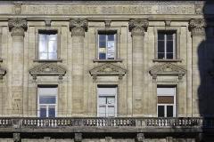 Bourse du Travail - Détails de la façade de la bourse du travail de Saint-Etienne, chef-lieu du département de la Loire. Le bâtiment est l'oeuvre de Léon Lamaizière qui, outre cette construction, a fortement marqué l'urbanisme stéphanois par de nombreuses réalisations architecturales.