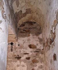 Ancien observatoire de la Marine - Français:   Ces voûtes suppriment les vibrations d\'un étage à l\'autre. Vibrations risquant de perturber le réglage des instruments du \