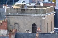 Ancien observatoire de la Marine - Français:   Ancien observatoire de la Marine - Nantes - Depuis la tour du musée Dobrée vue sur la terrasse de l\'ancien observatoire astronomique de la Marine