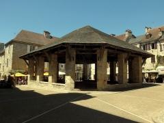 Halle - Nederlands:   De  in de jaren 1797 tot 1800 gebouwde markthal is geregistreerd als een historisch monument op 11-10-2004 [1]