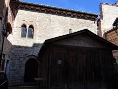 Grenier du chapitre, tour et ancienne prévôté - Français:   Cahors - Cathédrale Saint-Étienne - Grenier du chapitre