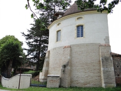 Ancien prieuré fontevriste - Français:   Prieuré de Fongrave - Ancien pigeonnier