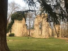 Ancien collège ou ancienne abbaye du Loroux - English: Ruins today