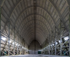 Hangar à dirigeables - English: Interior view of the airship hangar, looking south-west.
