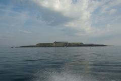 Fortifications des îles Saint-Marcouf - Français:   L\'île du Large est l\'une des deux îles formant l\'archipel Saint-Marcouf.