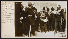 Colonne commémorative de Montmirail - English: Fête du centenaire de la bataille de Montmirail (1814). Le général d'Aumade prononçant son discours devant le monument.