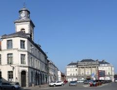 Hôtel de ville - Français:   Beffroi de Condé-sur-l\'Escaut