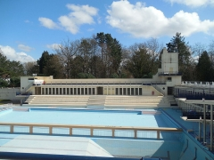 Stade-parc et école de natation - Français:   Grand bain (33m33), petit bain (33m33)