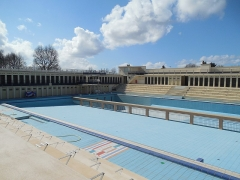 Stade-parc et école de natation - Français:   Grand bain.