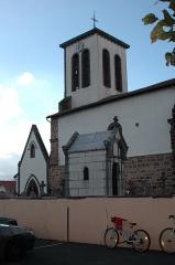 Eglise Notre-Dame de l'Assomption -  Uhart-Cize, l\'église Saint-Martin. Photo prise  le 03/08/06 par Harrieta171