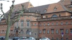 Bains municipaux -  Grand établissement municipal de bains à Strasbourg en décembre