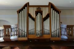 Eglise catholique Saint-Nicolas -   Alsace, Bas-Rhin, Neuve-Église, Église Saint-Nicolas (PA67000057, IA67009451).    Orgue Curt Schwenkedel (1961): http://decouverte.orgue.free.fr/orgues/Orgue de St-Nicolas, Neuve-Eglise