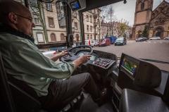 Ensemble paroissial Saint-Joseph de Koenigshoffen - Français:   BHNS ligne G phase d\'essai et de formation. Strasbourg 14 novembre 2013.