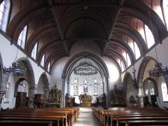 Ensemble paroissial Saint-Joseph de Koenigshoffen - Français:   Alsace, Bas-Rhin, Église catholique Saint-Joseph (1900) de Strasbourg-Koenigshoffen: Vue intérieure de la nef vers le chœur.
