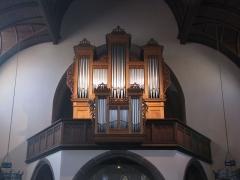 Ensemble paroissial Saint-Joseph de Koenigshoffen - Français:   Alsace, Bas-Rhin, Église catholique Saint-Joseph (1900) de Strasbourg-Koenigshoffen. Orgue de tribune Stiehr-Mockers (1825) reconstruit par la manufacture Mulheisen (1988).