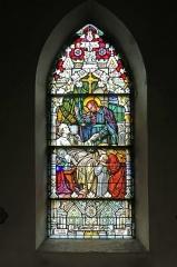 Eglise catholique Saint-Etienne - Deutsch: Buntglasfenster in der Église Saint-Éttienne de Cernay. Das Kirchengebäude ist ein historisches Denkmal der französischen Stadt Cernay (Haut-Rhin).