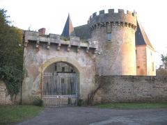 Château du Banchet ou de la Magdeleine -  château de Châteauneuf (Saône-et-Loire)