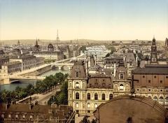 Tribunal de commerce de Paris -  Panorama of the seven bridges, Paris, France.