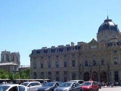 Tribunal de commerce de Paris - Italiano: Parigi - Tribunal de Commerce
