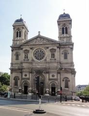 Église Saint-François-Xavier -  Église Saint-François-Xavier (Paris)