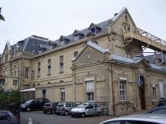 Hôpital Saint-Louis -  Hôpital (ancien bâtiment) de Saint-Germain-en-Laye (Yvelines, France)