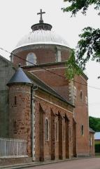 Eglise Saint-Agnan -  Grivesnes (Somme, France) -    Le dôme de l'église, si particulier dans la région.