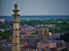 Eglise Sainte-Anne - Deutsch:   Blick von der Kathedrale Unserer Lieben Frau auf die Kirche St. Anna, Amiens, Département Somme, Region Oberfrankreich (ehemals Picardie), Frankreich