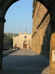 Église Saint-Florent (ancien couvent des Cordeliers) -  perspective sur la façade nord