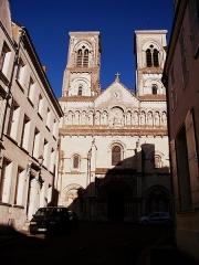 Église Saint-Jacques - Français:   Église Notre-Dame de Châtellerault, Rue des Scieurs (Inscrit, 1942)